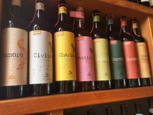 8 Flaschen Wein von Lunaria