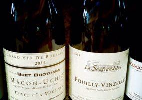 Bild von zwei Weinflaschen der Bret Brothers
