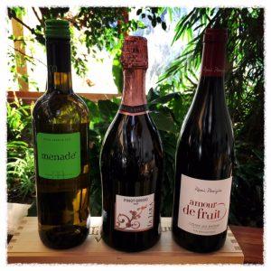Drei Flaschen Wein