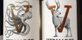 Zwei Flaschen Vermador Wein