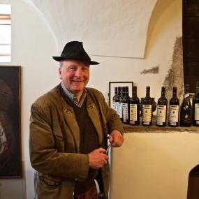 Unsere Winzer – Schlossweingut Stachlburg